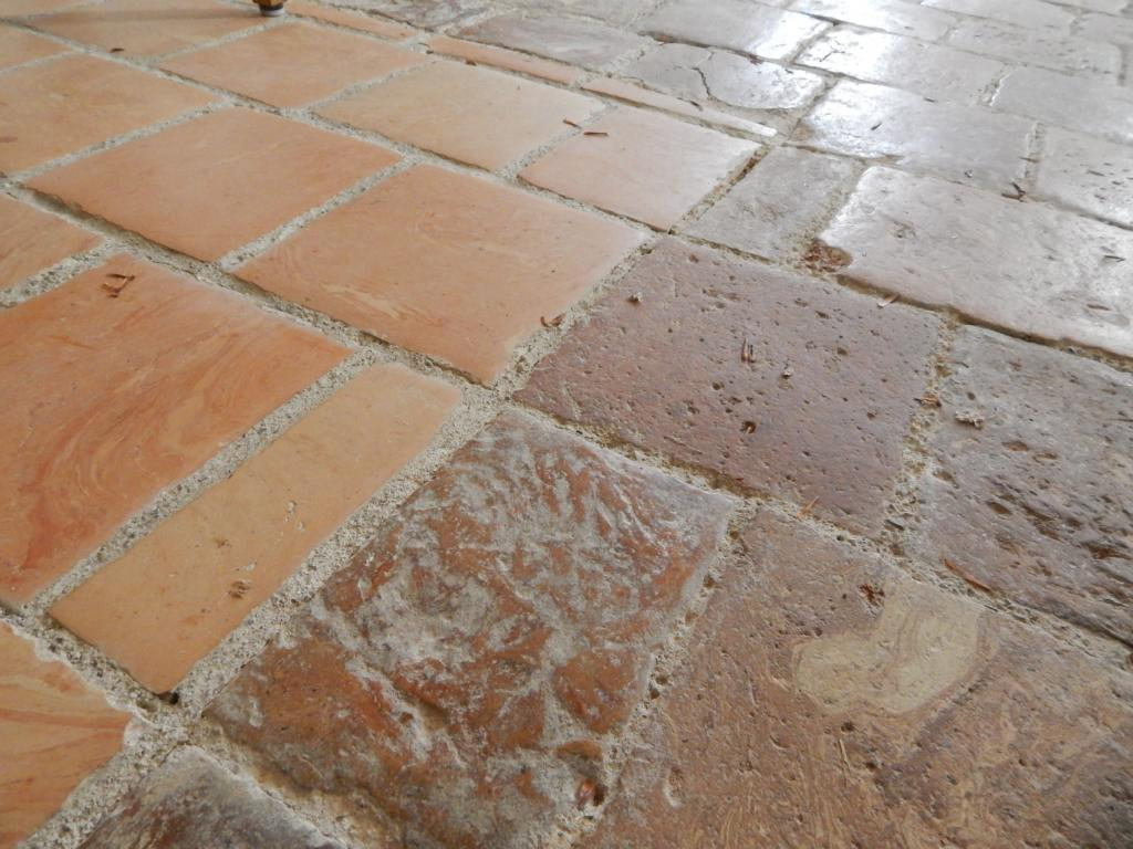 Bodenziegel aus Seeton, oxidierender Brand, St. Walburgis, Seeon